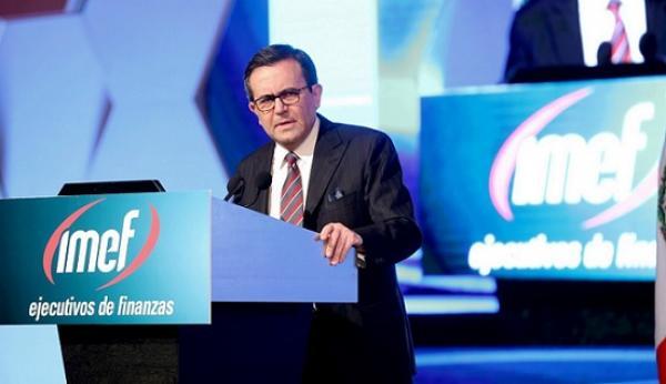 """""""El mundo compite por regiones, no por países"""": Guajardo"""