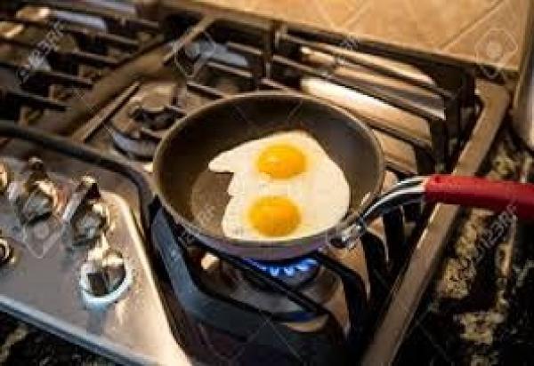 Gas y huevo productos que ahora son un verdadero lujo
