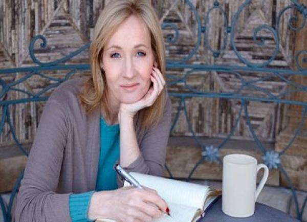 Llegan a México tres obras de J.K. Rowling