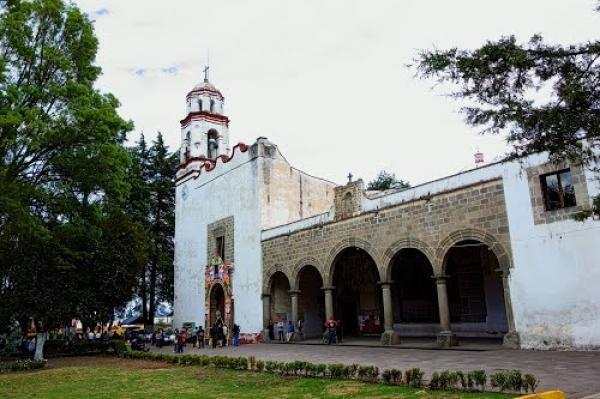 Pila Bautismal del Siglo XVI en Museo Virreinal en Zinacantepec