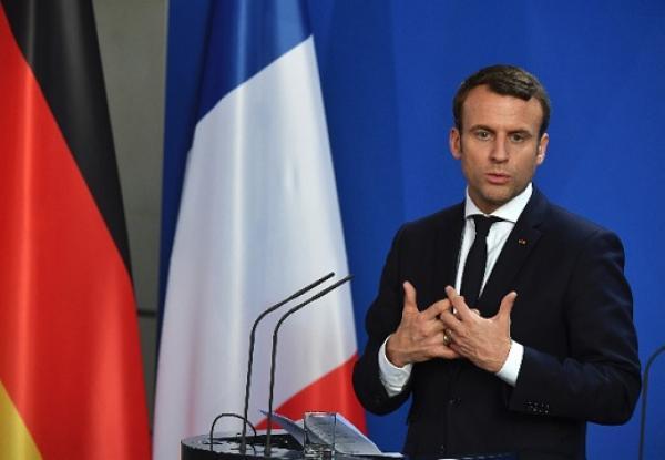 Emmanuel Macron da a conocer gabinete.