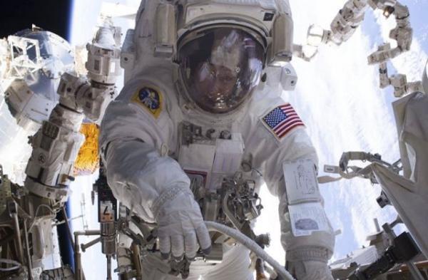 Escasez de trajes espaciales en la NASA