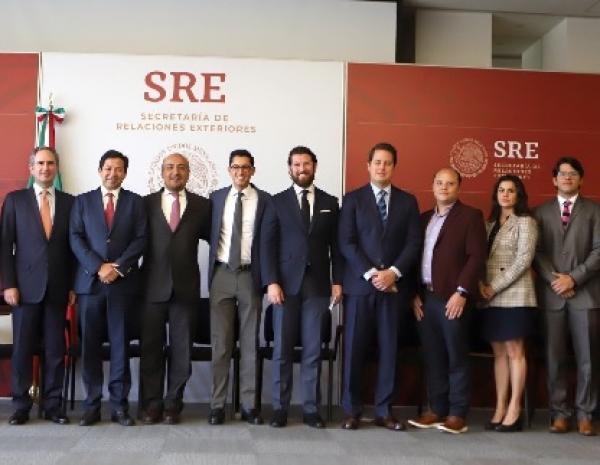 Empresas y organizaciones unen esfuerzos en favor de migrantes.