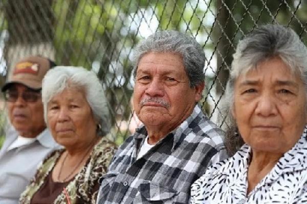 Salud y Economía: La vulnerabilidad de los adultos mayores